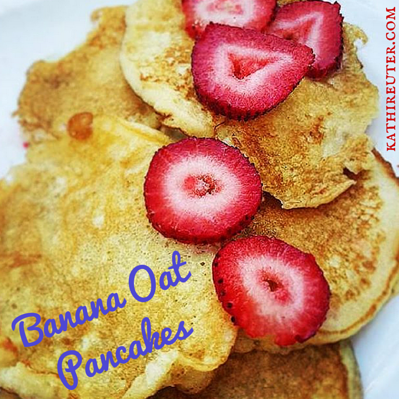 Healthy Banana Oat Pancakes | Fixate Recipes | Pancakes for Dinner!