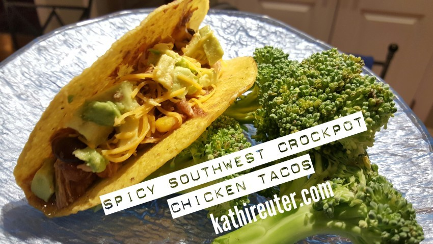 Spicy Crockpot Southwest Shredded Chicken Tacos | 21 Day Fix Recipes
